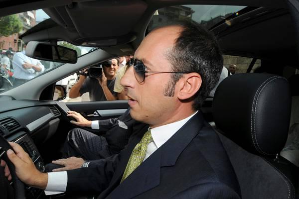 Estorsione a Berlusconi: arrestato l'imprenditore pugliese Tarantini