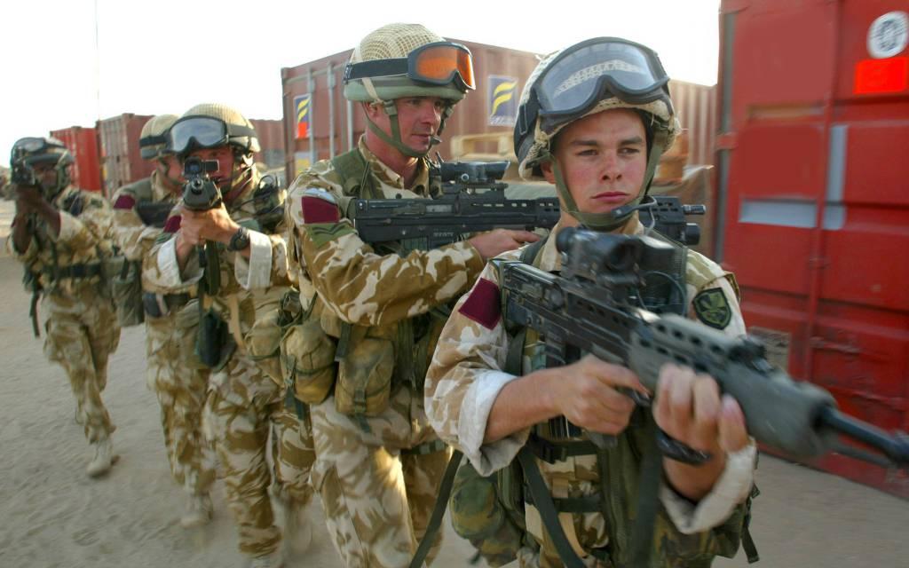 Crisi in Libia: liberati i soldati britannici catturati dai ribelli