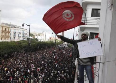 Tunisia, bilancio ufficiale: 78 morti durante le proteste