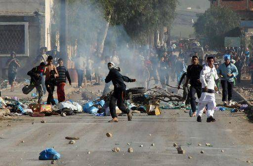 Tunisia: assalto alla sede del partito di Ben Ali a Qibili