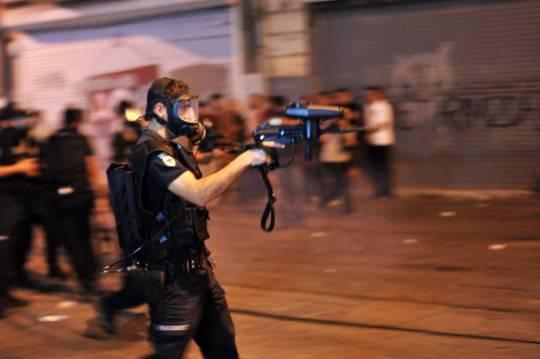 Turchia, scontri: proteste contro morte di un ragazzo colpito da lacrimogeno