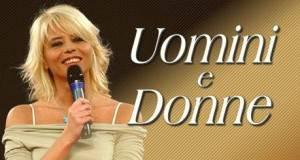 uomini e donne21 300x160 ANTICIPAZIONI UOMINI E DONNE / Andrea Angelini, eliminerà Rosa mentre i nuovi opinionisti saranno una coppia nota