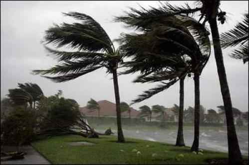 Isaac è già uragano e corre verso la Luisiana. Come si proteggono gli americani?