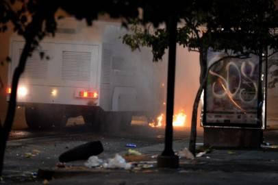 Camion della Guardia Nazionale per le vie di Caracas (Getty images)