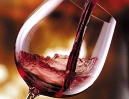 Cina: chiusa inchiesta su esportatori europei di vino. Niente dazi aggiuntivi