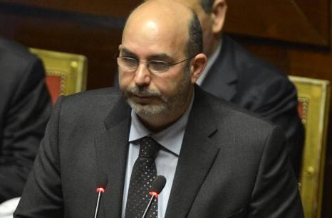 Vito Crimi dice sì allo Ius Soli e fa previsioni sul governo letta
