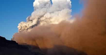 Nuova Zelanda: si sveglia dopo 115 anni il vulcano Tongariro